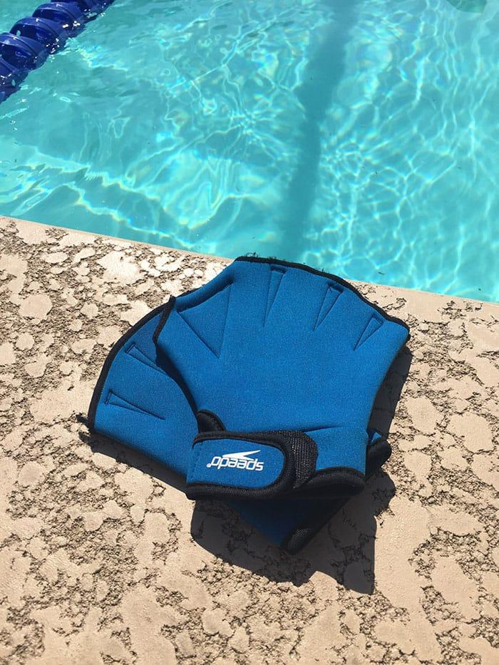 pool-workouts-paddles